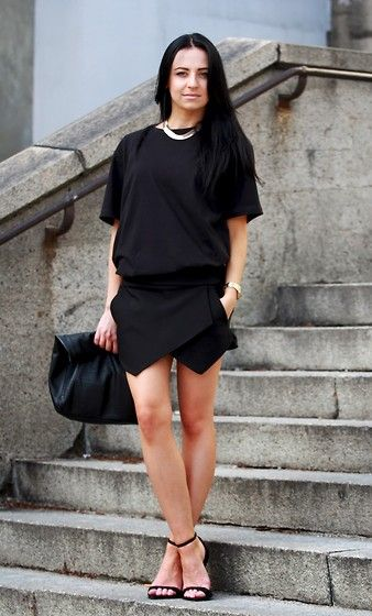 We love accessorizing all black outfits!