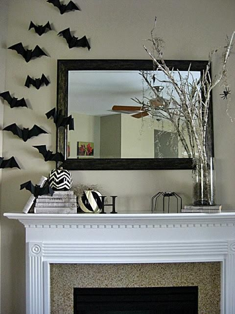 Halloween decorations : IDEAS & INSPIRATIONS  Spooktacular Halloween Mantel