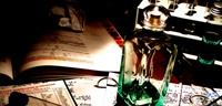 Gyilkosság a vacsorán (Közép-Európában továbbra is egyedül Magyarországon élvezheti a közönség a 4 fogásos vacsorával egybekötött interaktív előadást.) Vegetáriánus menü Grillezett gomolya, paradicsom salsával Erdei gyümölcskrém leves Csőben sült grill zöldséges lasagne Feketeerdő kehely + 1 választható ital