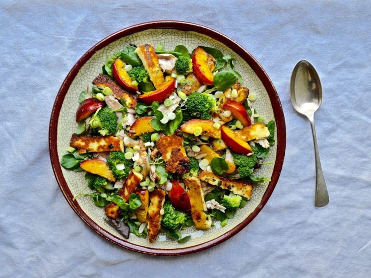 Chicken & Halloumi Salad with Grilled Nectarines