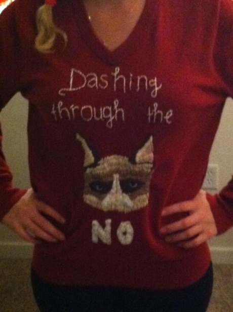 grumpy cat christmas sweater OMG I WANT!