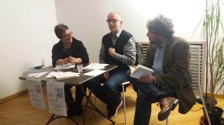 """Lo scorso 9 novembre, presso il bar Aurora di Massafra, Angela Greco ha presentato alla città il suo nuovo libro di poesie """"Correnti contrarie"""" edito Ensemble Editore."""