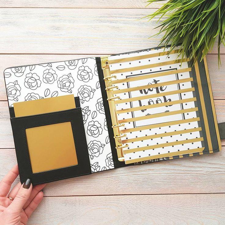 103 отметок «Нравится», 1 комментариев — Фотоальбомы Ручной Работы (@yujina_handmade) в Instagram: «😎черный и золото вместе прекрасны 😍»
