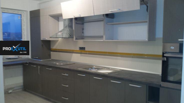 Proexutil -mobilier personalizat in Cluj Napoca Pentru informatii si comenzi Tel 0753352269 email:mobila_cluj@yahoo.com  site web: http://www.mobilier-personalizat.webs.com