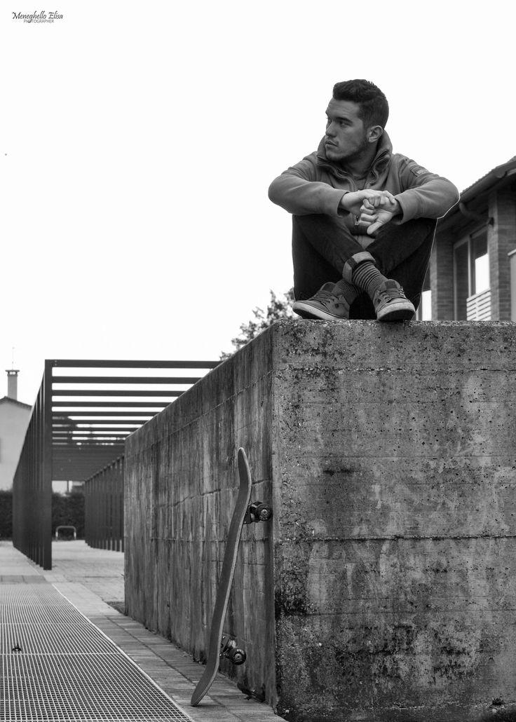 "meneghelloelisaph.altervista.org/the-aurum-style-skater/ …  #NEW #PHOTOARTICLE ON MY #PHOTOBLOG ""THE #AURUM #STYLE - #SKATER""  http://meneghelloelisaph.altervista.org/the-aurum-style-skater/ …"