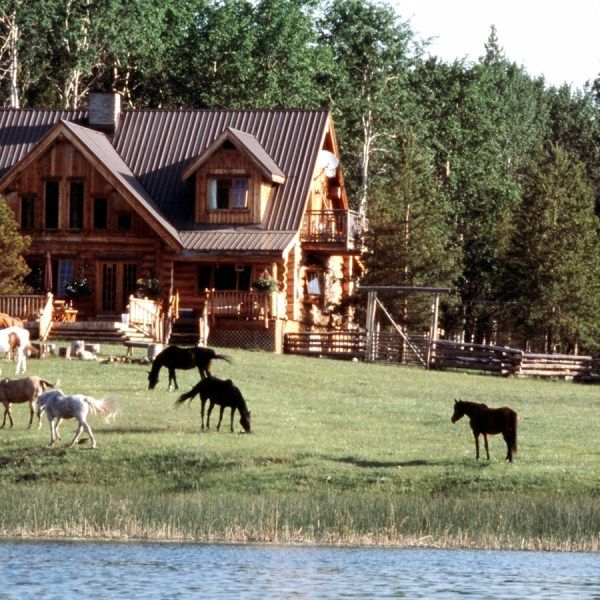 Boutique wilderness lodge at Siwash Lake Ranch