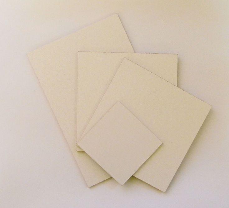 Alege dimensiunea ! Pfl 3 mm grosime.Are 2 fete :alb/maro. Se poate folosi ca baza pentru tehnica servetelului sau ca spate tablou. 1.09.2014#ze