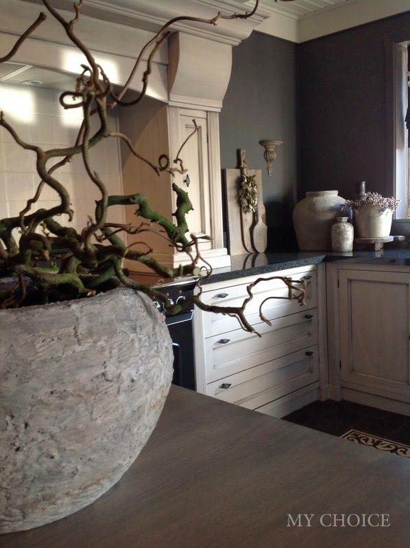 Smouldering grey kitchen | My Choice
