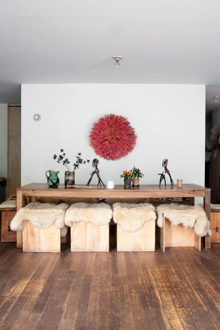 Bland skisser, fotografier och vackra ting har fotografen Mark Borthwick och modestylisten Maria Cornejo skapat sitt drömhem. I ett klassiskt brownstonehus har de inrett personligt med kreativitet...