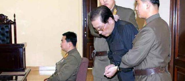 Whatsupic - Corée du Nord : Kim Jong-Un a ordonné que son oncle soit dévoré par des chiens http://fr.whatsupic.com/nouvelles-politiques-monde/1388819090.html