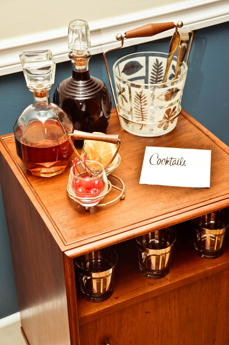 Vintage style Cocktail Party Ideas -- dahhh i neeeed that ice bucket!
