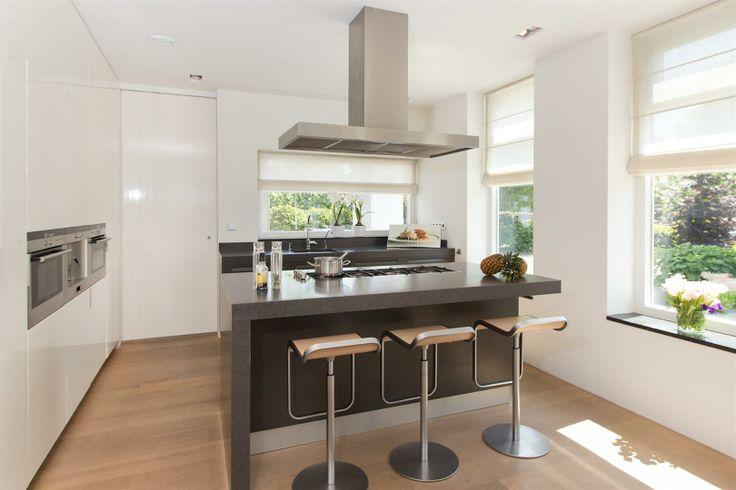 Moderne Keuken Oud Huis : Moderne keuken in oud huis landelijke woning