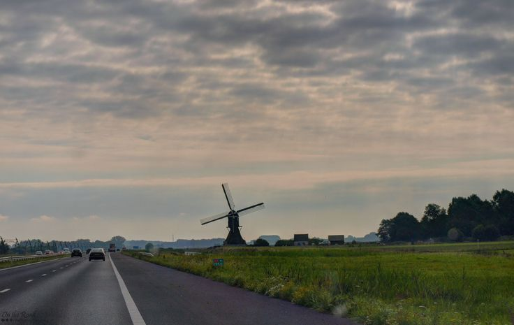 When you drive through the Netherlands and you get to see amazing views like this one.  It's the 't Veertje mill near Hellouw village.