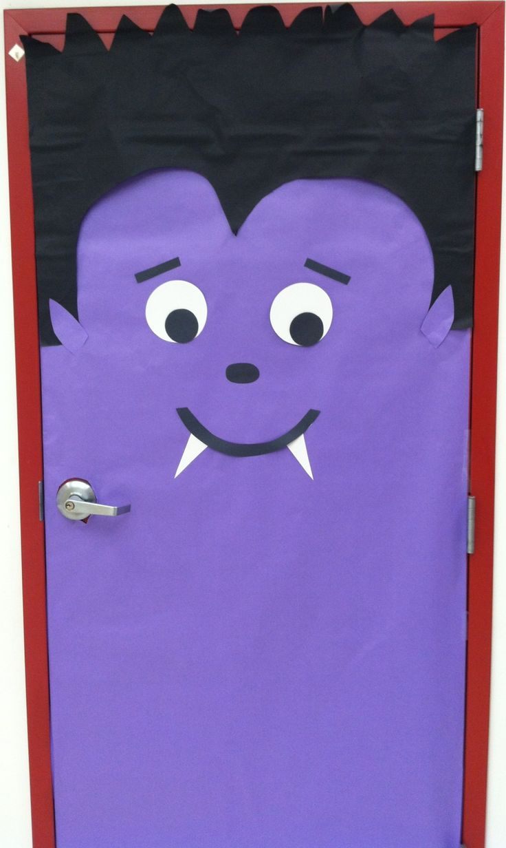 11 best Halloween images on Pinterest Halloween decorations - Halloween Classroom Door Decorations