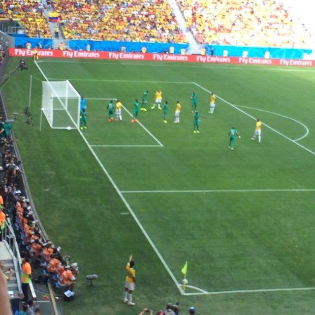 El Gol de James!! El Gol de nuestra tricolor así lo vivimos en desde la tribuna en #brasilia #worldcup #elmundialconlahinchada