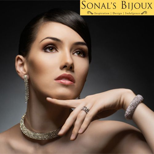 Why Silver Jewellery Online Shops are Becoming Popular?