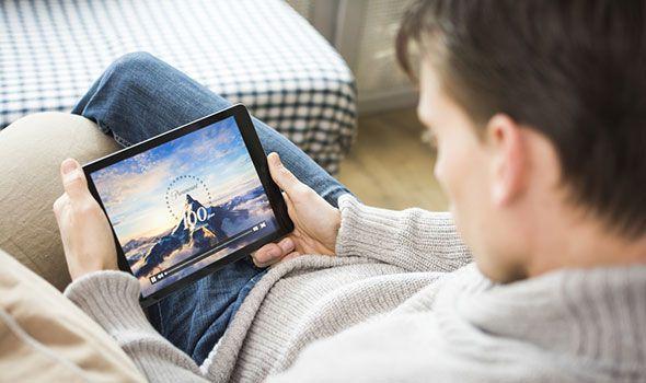 Ecco come fare per vedere i film gratis in streaming su Android. Le migliori App Android gratuite per guardare film sullo smartphone o sul Tablet.