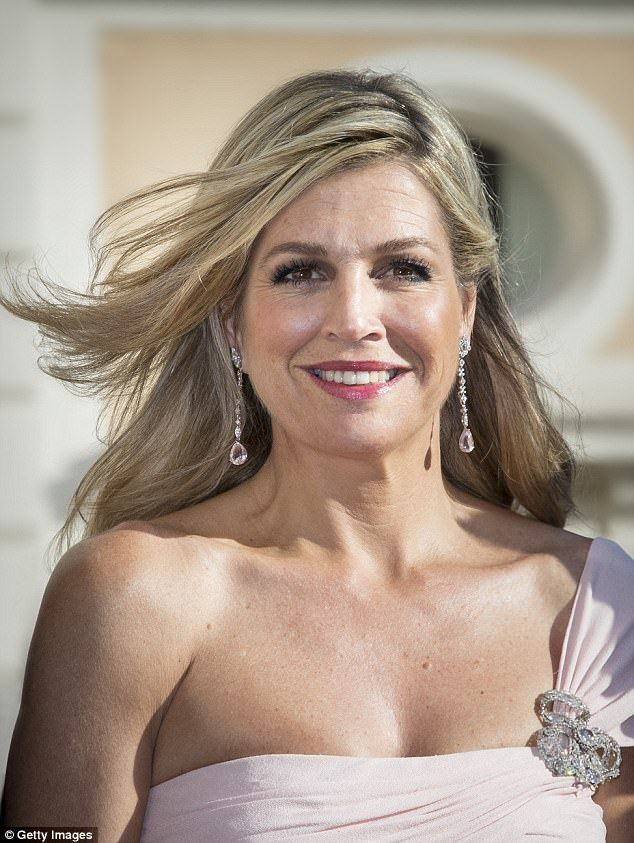 The Argentinian-born Queen glowed on the red carpet as she arrived at the Palazzo Colonna
