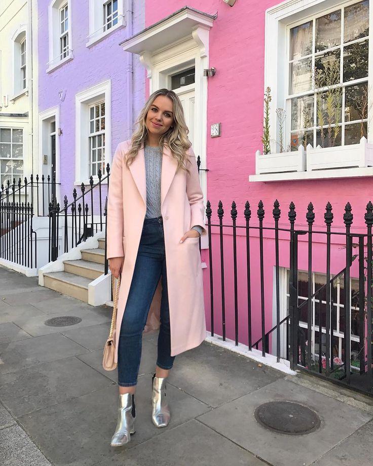 Pink coat - Ellie / The Elle Next Door (@ellenextdoor) on Instagram