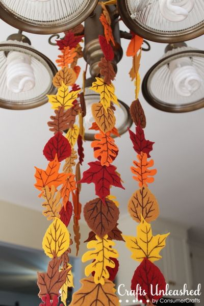 Fall Felt Leaf Garland - I made this festive felt leaf garland for my fall decor.  I had seen a  few inspiration images on pinterest but cutting all those leave…