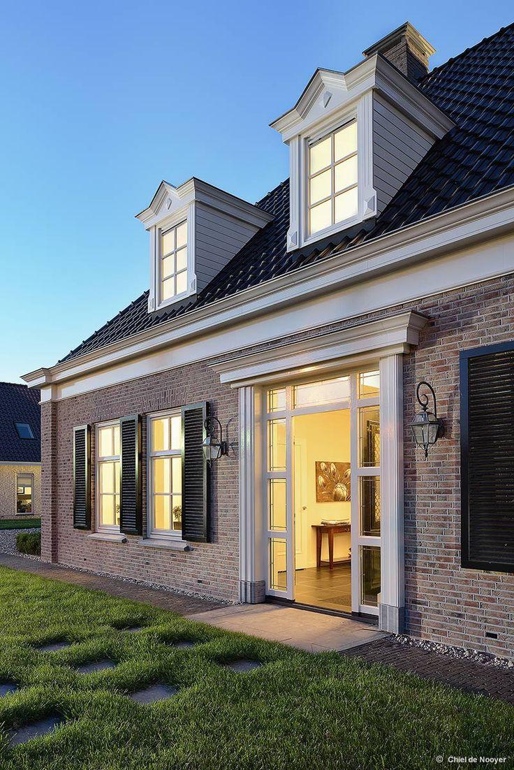 Notariswoning, Emmeloord - Groothuisbouw