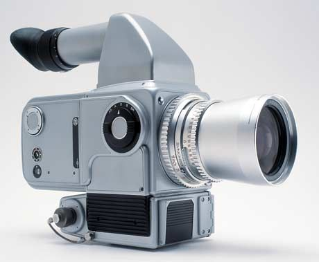This is the first Hasselblad SLR space camera and it was equipped with a HC3-70 prism viewfinder. It was used for the first time at the Apollo-Soyuz flight in July 1975.
