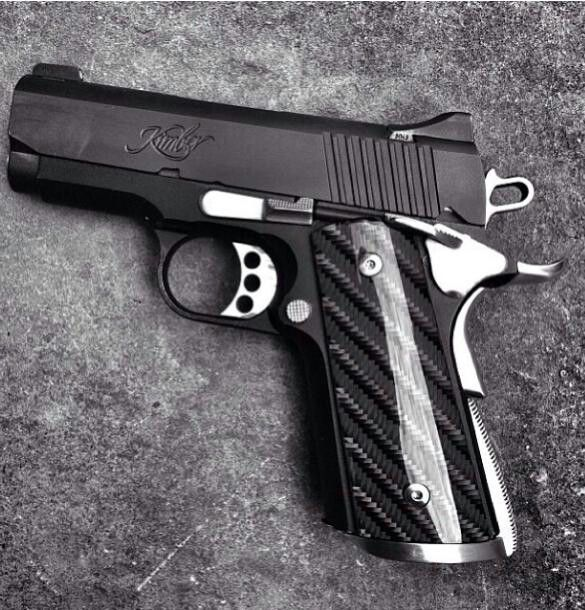 Good looking grip on this Kimber.