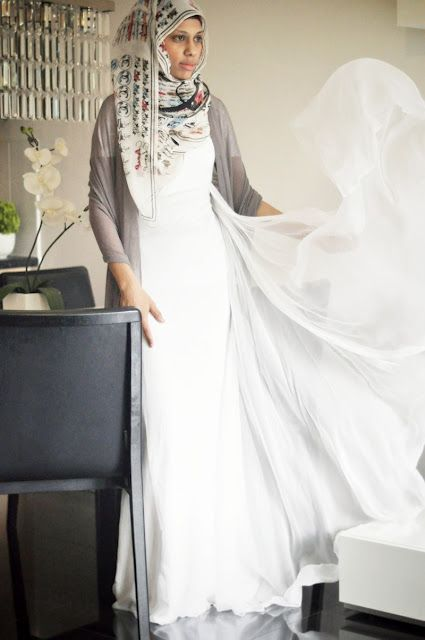 contrasting grey dupatta with white dress