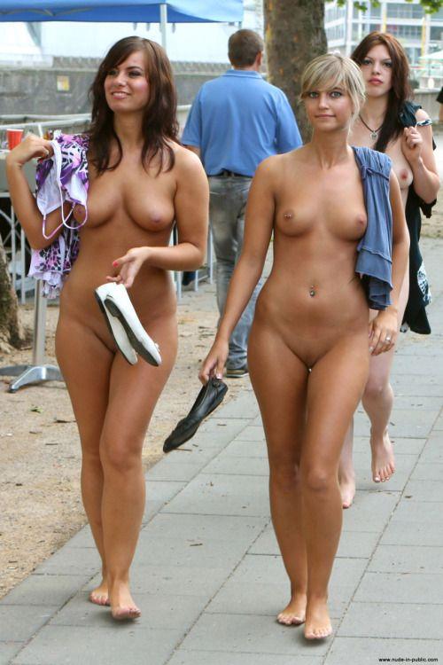 Public nude beach