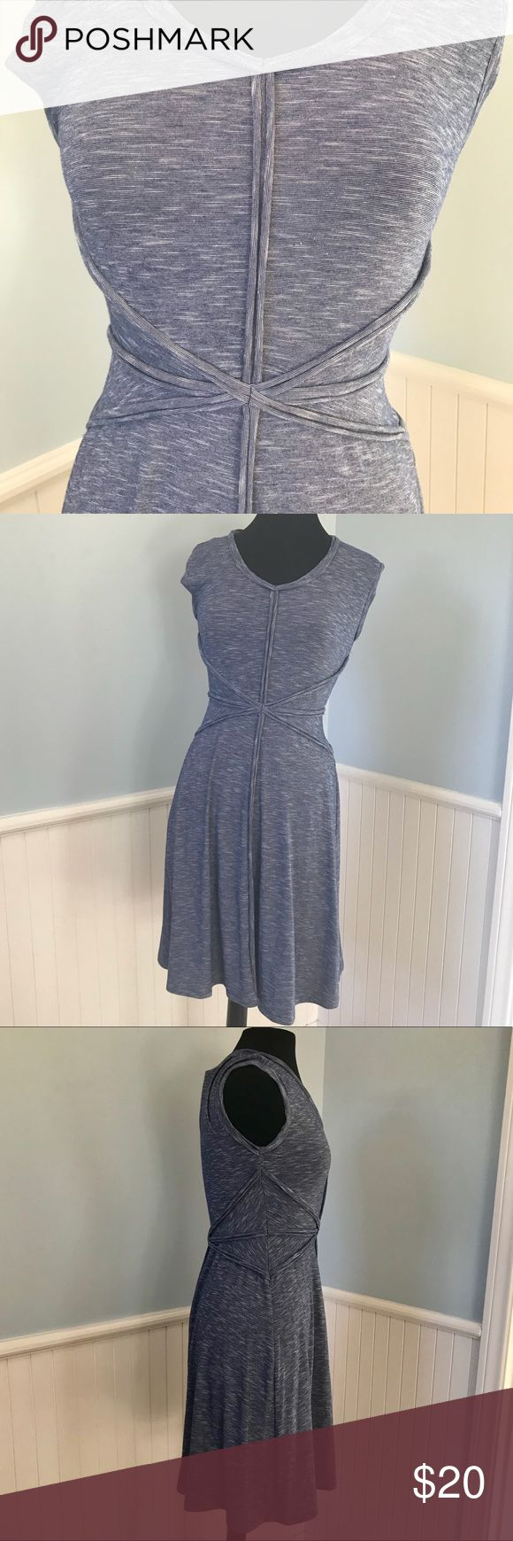Weekend Sale Chelsea & Theodore Swing Dress Chelsea & Theodore Blue/White Swing Dress Sz Small - Swing dress style with slight a line skirt  - super flattery fabric and cut - blue/white stripe pattern  - perfect for a summer beach day, cruise, baby shower. Super versatile dress! Chelsea & Theodore Dresses