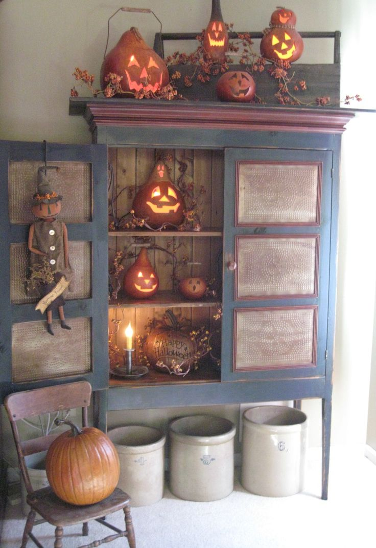 47 best Autumn images on Pinterest Fall decorating, Prim decor and - Primitive Halloween Decor