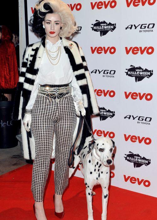 iggy as cruella devile - Cruella Deville Halloween Costume Ideas