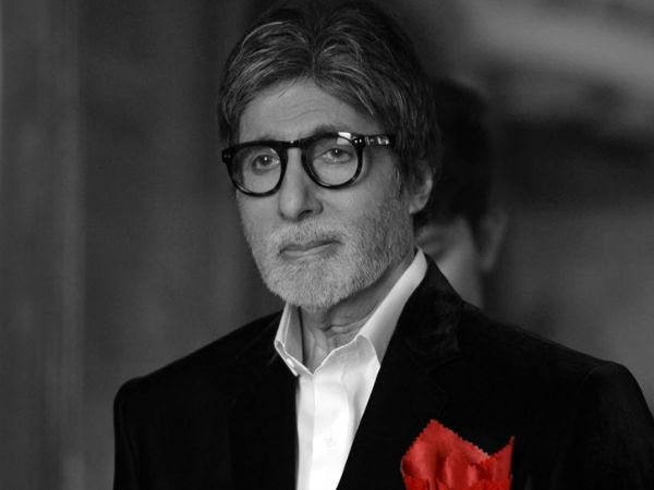 Video alert! Amitabh Bachchan gives a tour of his office to his fans