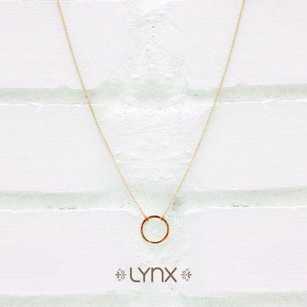 What goes around comes around!✨ Todo lo que das regresa a ti, mantén tu círculo limpio ⚪️ #Spring #springcollection #new #newcollection #ILoveLynx #circle #necklace #lynxaccesorios #Lynx
