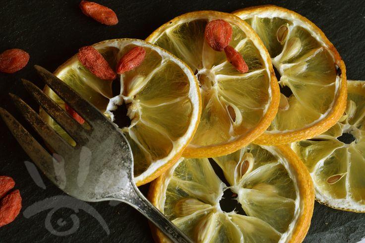 Citroen - Stilleven - Culinair - Macro    ...als je gaat watertanden bij hetgene wat je voor je ziet, dan is je foto al geslaagd. ( Mark Rademaker Fotografie Assen )