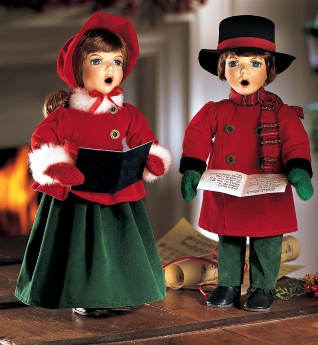 Victorian Christmas Carolers Figurines: Joy And Noel Holiday Caroler
