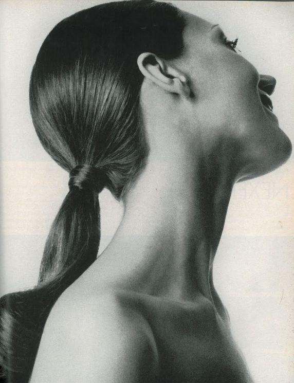 Marisa Berenson by Gianni Penati for Vogue, August 1970.