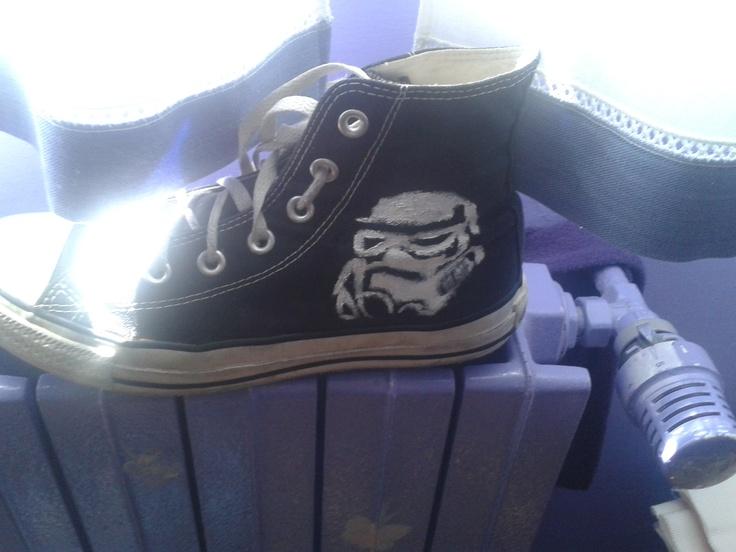 converse de Star Wars pintadas a mano