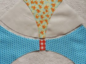 Sewing a curve - Flowering Snowball Quilt