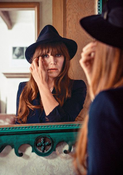 For every Lindsey Lohan, there's a Jenny Lewis // The Jenny Lewis Experience - NYTimes.com