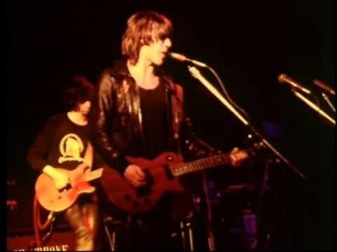TELEPHONE - La bombe humaine (London, Rainbow Theatre 03.03.79) - YouTube
