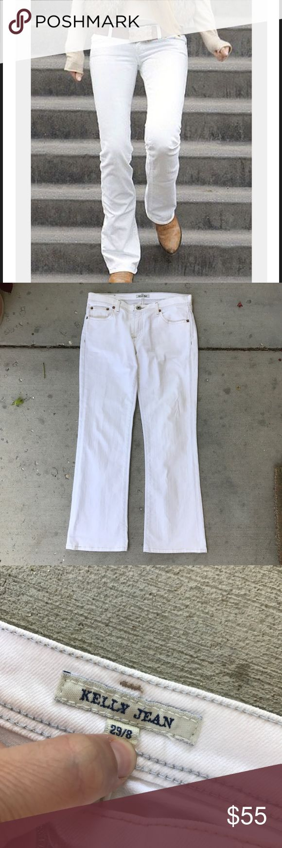 "Polo Ralph Lauren White Bootcut Jeans Size 29 (8) Crisp white mid rise boot cut jeans by Ralph Lauren Polo Jean Co. Size 8 (29), inseam is 32"". In excellent condition!! Cute for Summer or Fall! Ralph Lauren Jeans Boot Cut"