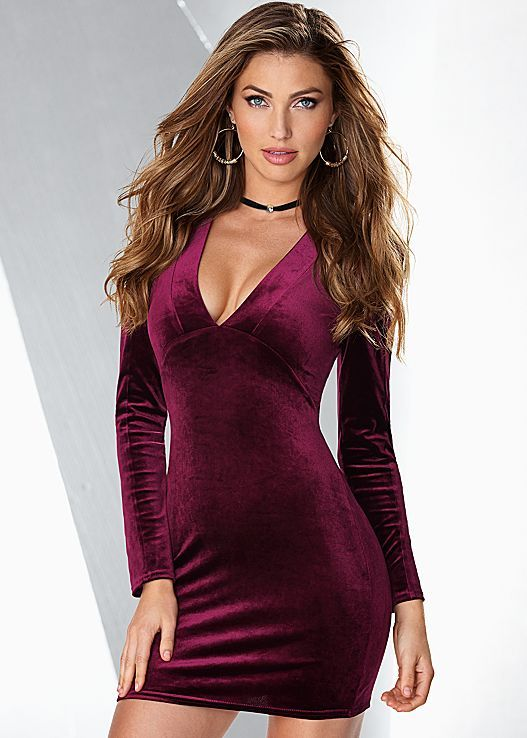 We're dress obsessed right now! Venus mini velvet dress with Venus rhinestone choker.