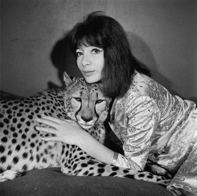 Afbeeldingsresultaat voor juliette greco leopard