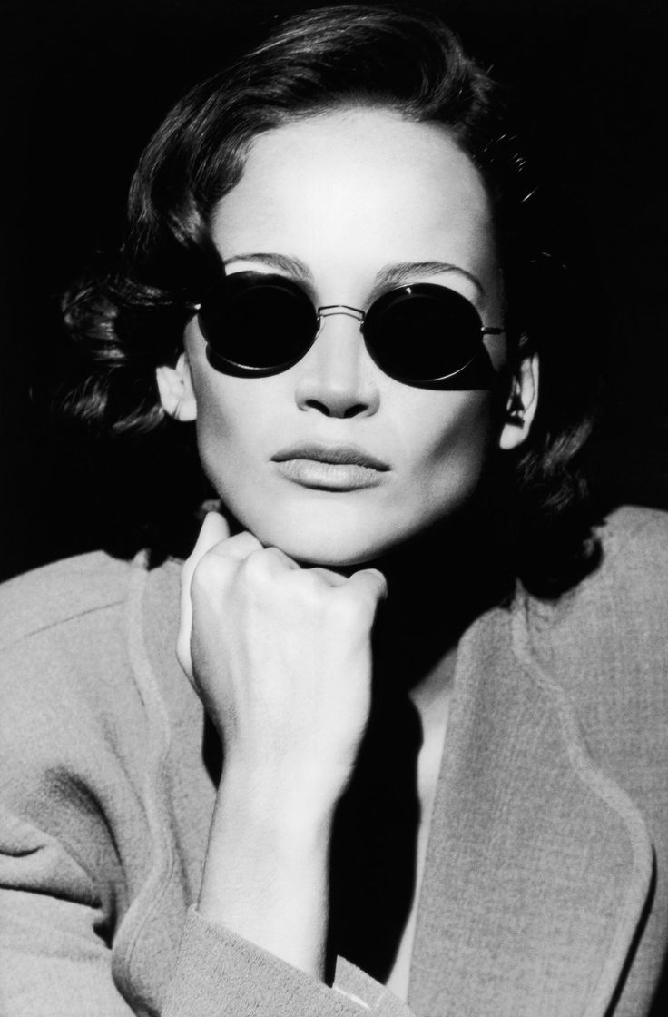 #Atribute to Frames: The Giorgio Armani 1995 eyewear campaign shot by Peter Lindbergh. See the dedicated article on Armani.com/Atribute
