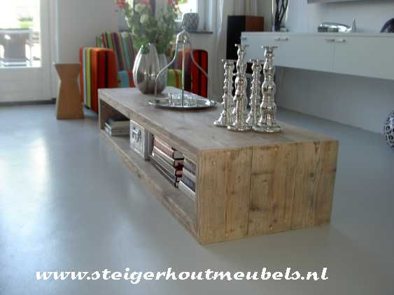 Salontafel van steigerhout, strak model