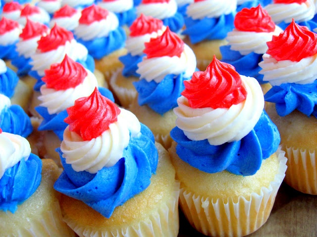 4th of july cupcakes designs