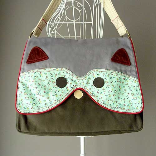 littleoddforest | The Raccoon Bag (Vintage Petit Willow)