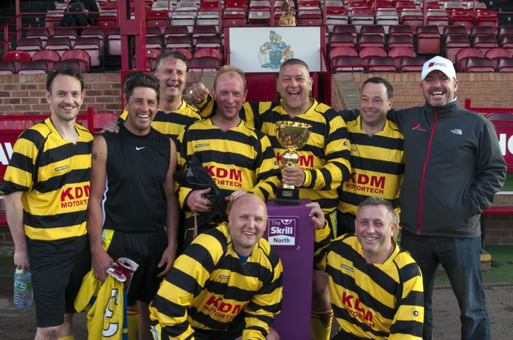 RED CCTV were proud to enter a team into the Altrincham FC community centre fundraising event at Moss lane to help raise funds for the new building ....No we didn t win it ...we went out in the ¼ finals...however we couldn t miss a great photo opportunity
