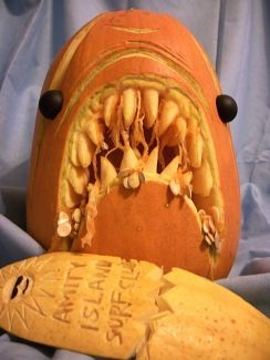 Best Creative Pumpkin Carvings Design In This Halloween 2017 41